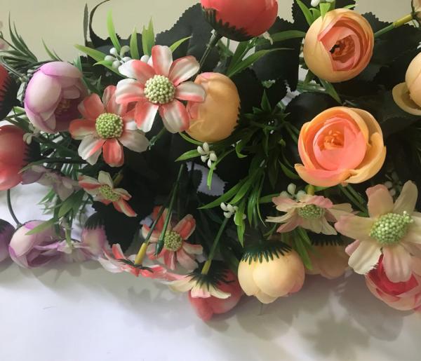 Искусственные цветы в Харькове