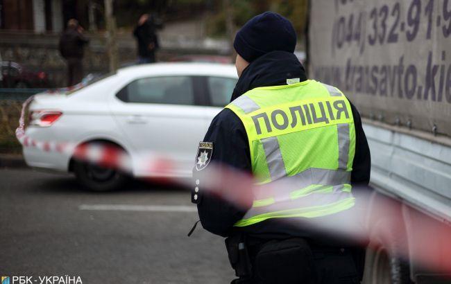 Под Киевом после наезда авто на пешехода люди перекрыли дорогу