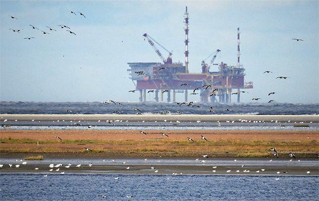 Цена на нефть Brent поднялась выше 26 долларов