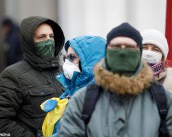 За рубежом от коронавируса лечатся 34 украинца