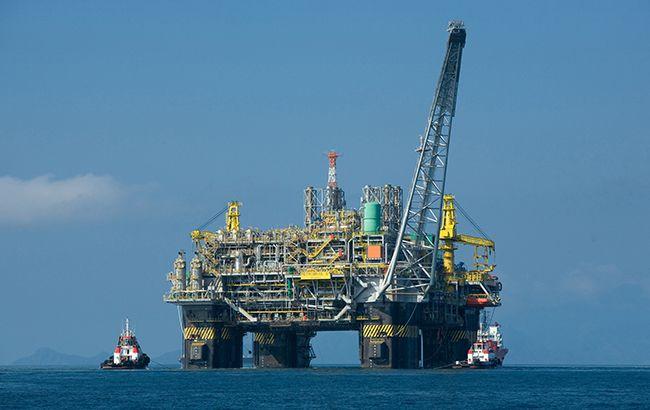 Цены на нефть резко выросли более чем на 10%