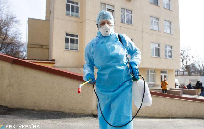 В Харьковской области коронавирусом заболели уже более 100 медиков