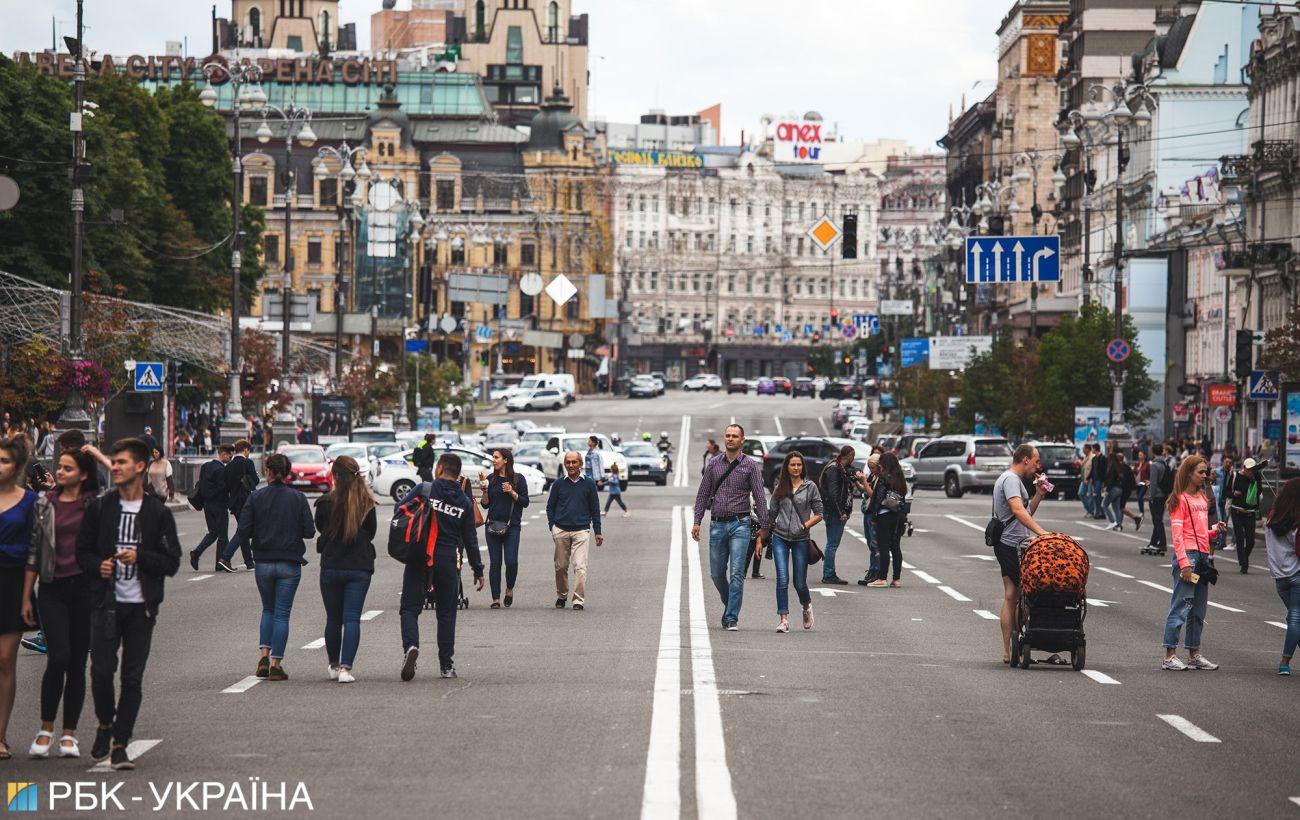 В Кабмине рассказали, сколько денег тратят туристы в Украине