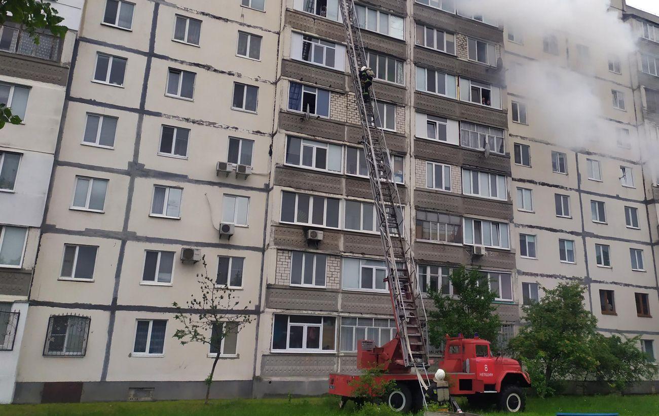 Взрыв дома в Киеве: под завалами находятся три человека