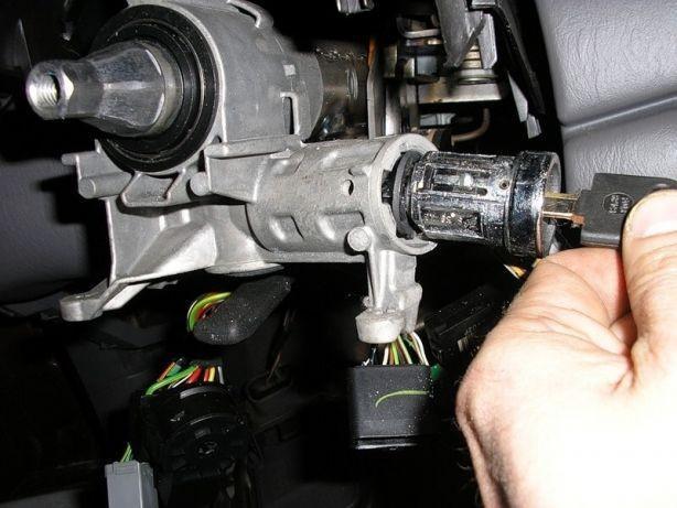 Нужен ремонт замка зажигания в вашем авто? Обращайтесь в компанию «Zamok-Assist»