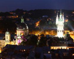 Во Львове запретили работу ночных клубов