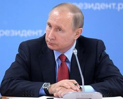В России вступила в силу обновленная Конституция, которая обнуляет сроки Путина