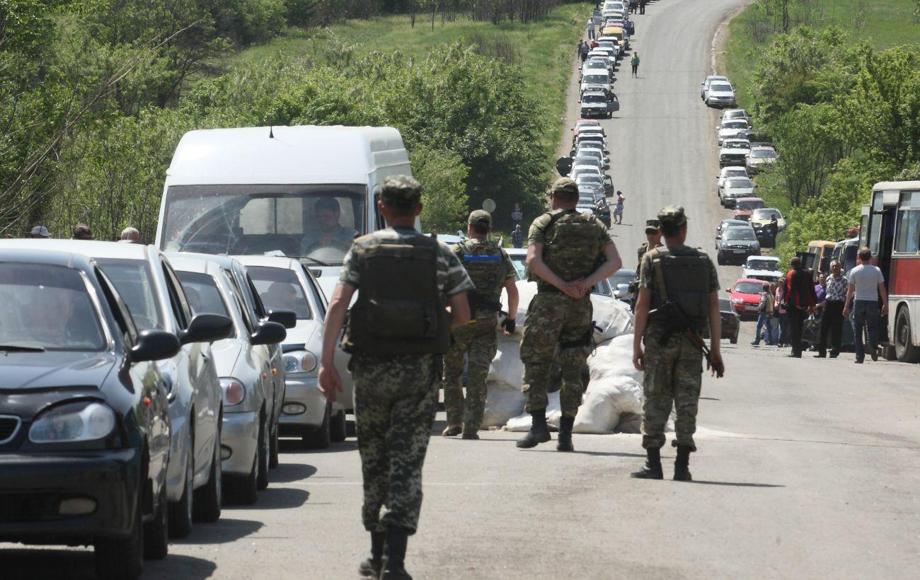 Боевики завтра возобновят пропуск в районе КПВВ