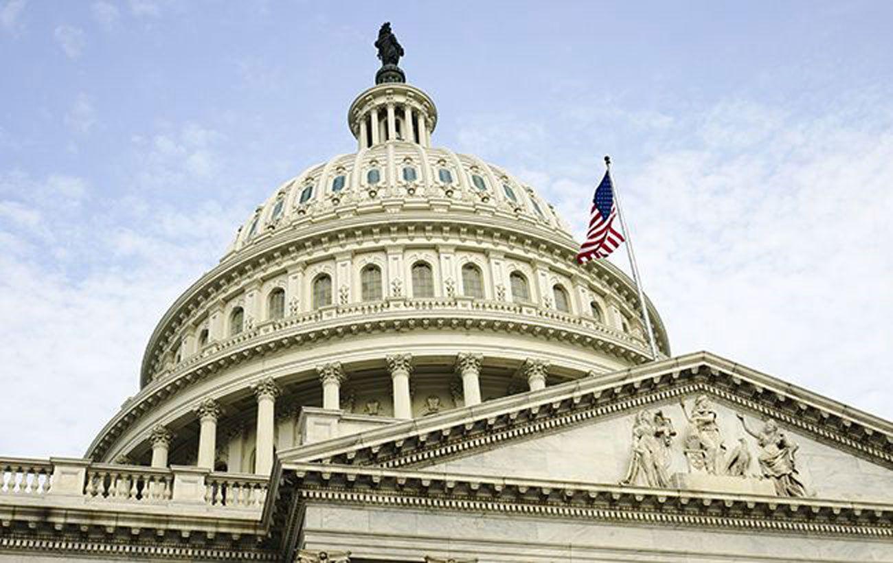 Конгресс США одобрил оборонный бюджет США с санкциями против