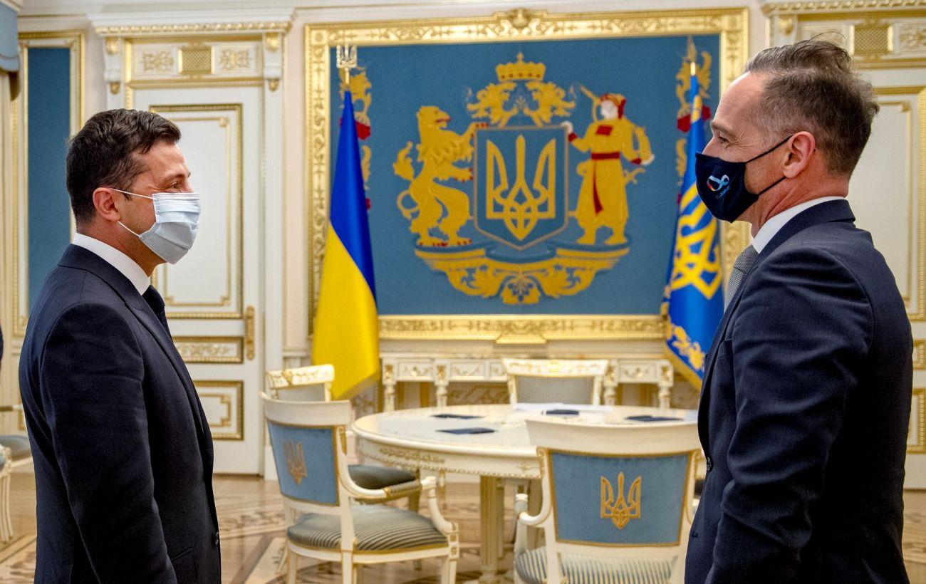 Нормандская встреча и Беларусь: Зеленский встретился с Маасом