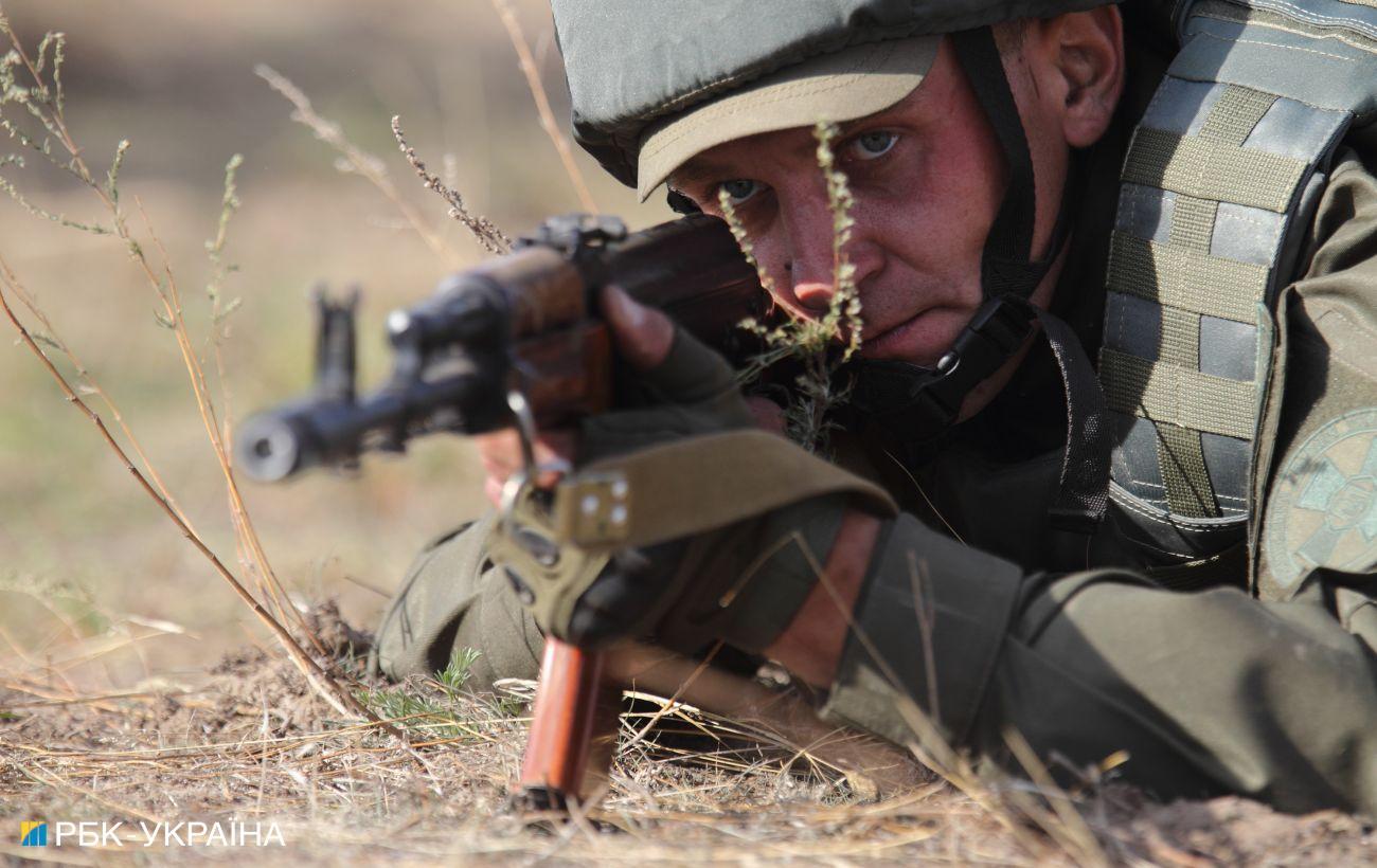 Боевики в Донбассе трижды нарушили перемирие