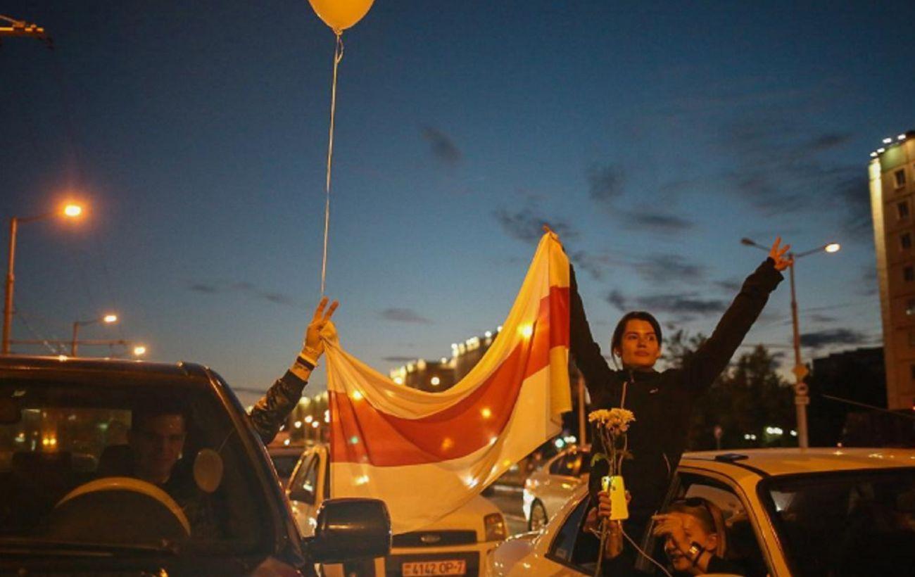 Гуляли и скандировали: в Минске ночь прошла относительно спокойно