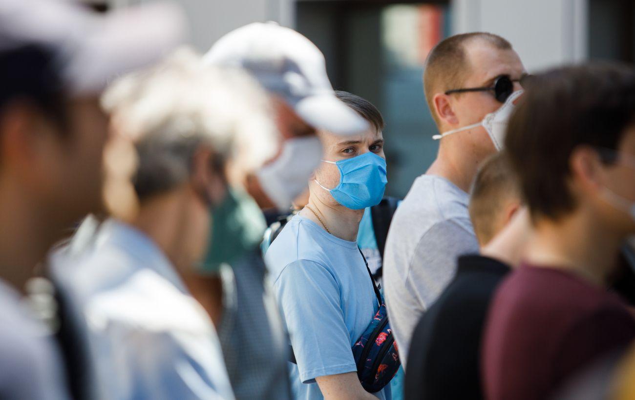 В Черновицкой области уже более 8 тысяч зараженных коронавирусом