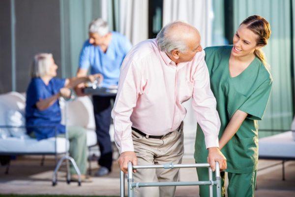 Пансионаты для престарелых и людей с деменцией