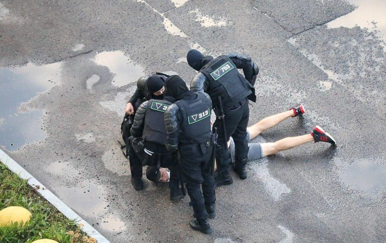 В Беларуси под арестом за участие в протестах остаются 44 человека