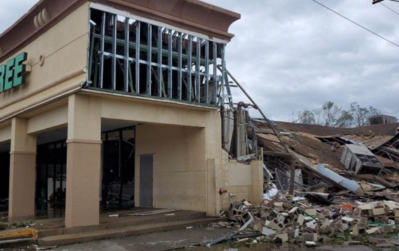 В Луизиане ввели режим ЧП из-за шторма
