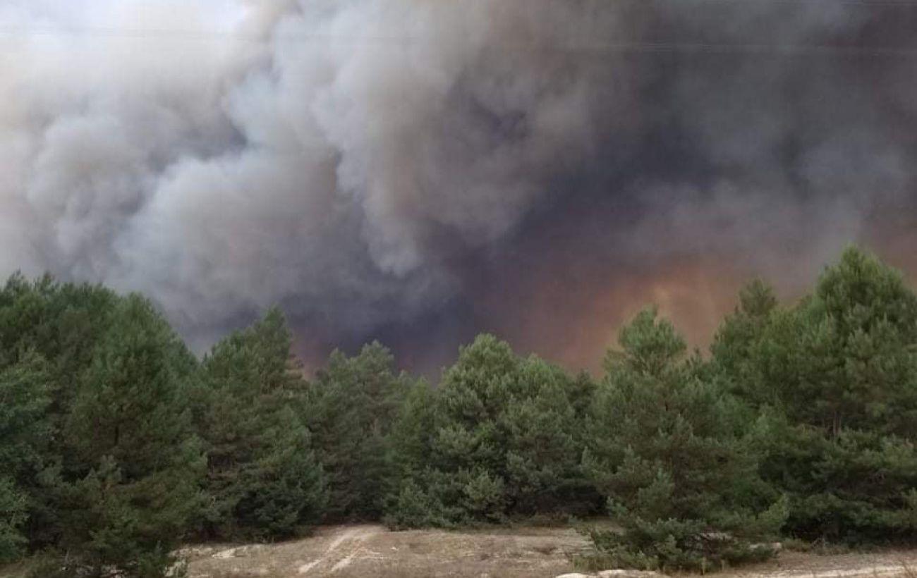 В Киевской области горит военный полигон