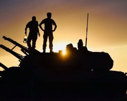 После обстрела возле Новолуганского на Донбассе сохраняется