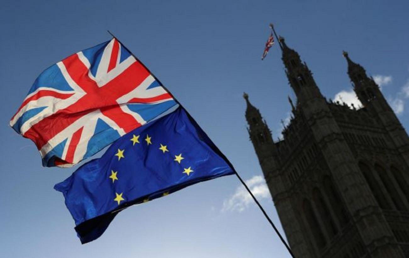 ЕС жестко отреагировал на попытки Британии нарушить Brexit-договоренности