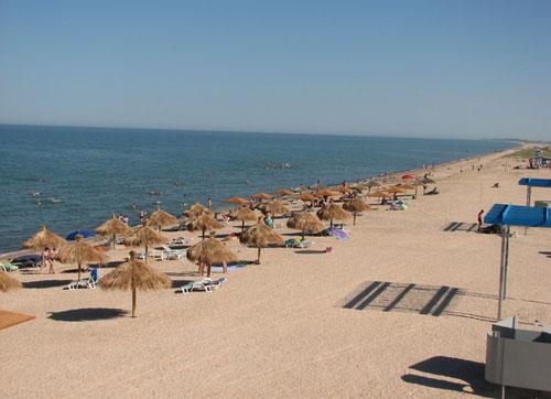 Отдых на побережье Стрелкового