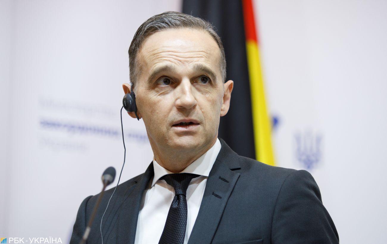ЕС начнет обсуждение санкций против России из-за отравления Навального