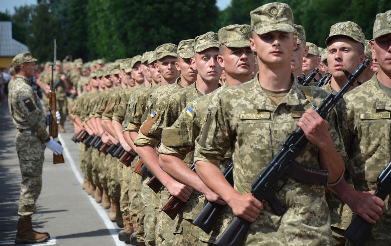 Генштаб усилил наблюдение за суицидальными настроениями военных