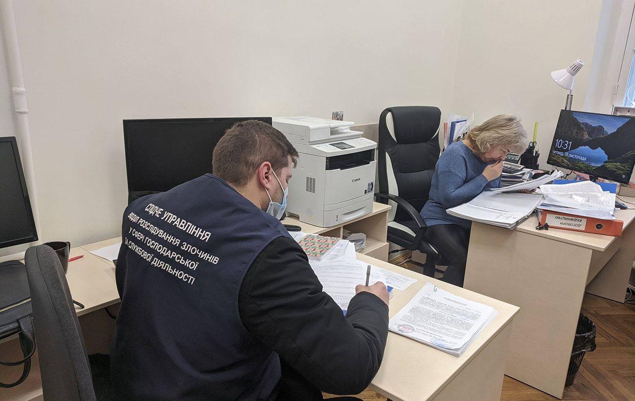 Названа причина обысков в музее Революции достоинства в Киеве, объявлены подозрения