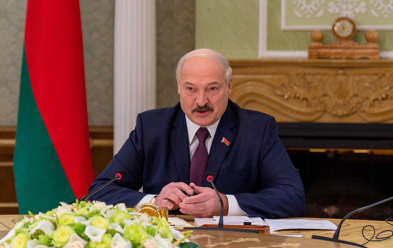Лукашенко заявил, что гарантирует новые выборы в Беларуси