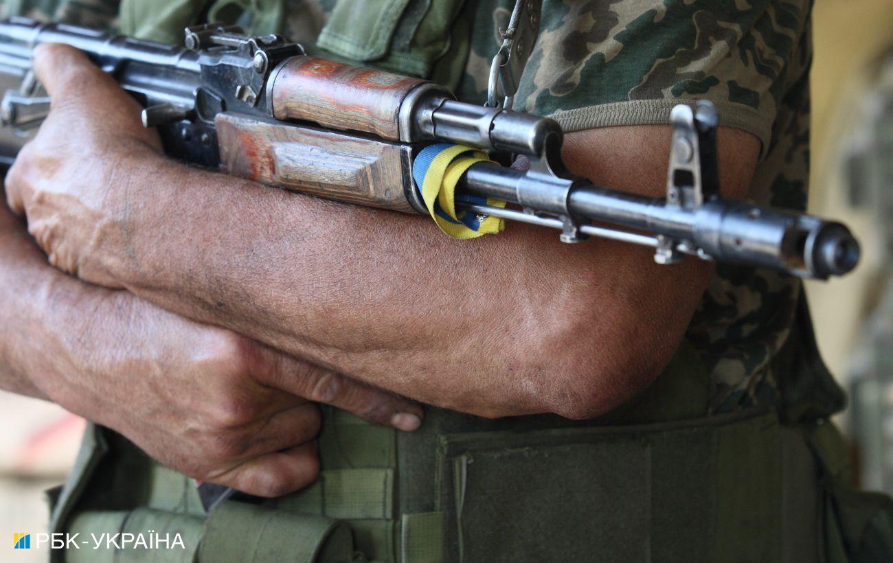 Боевики обстреляли позиции ООС вблизи Каменки, один военный ранен