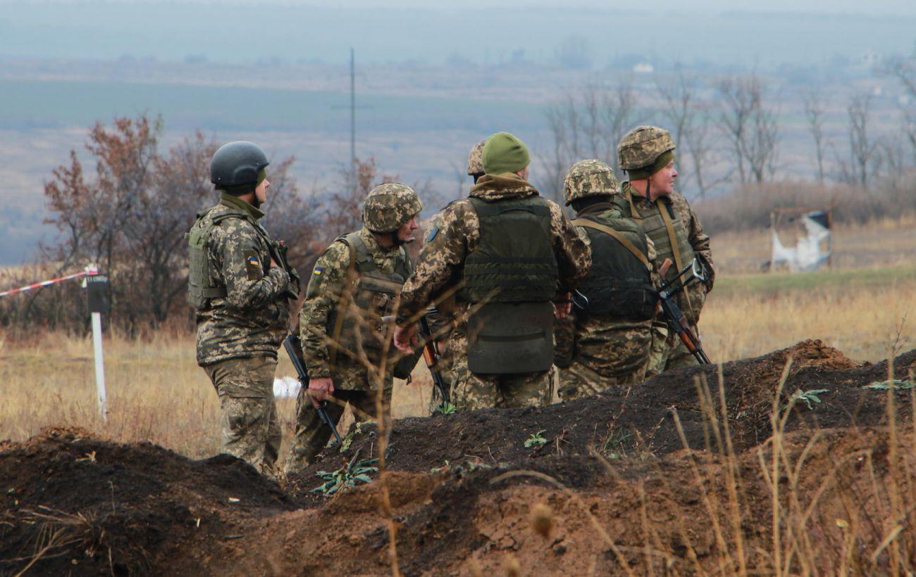 В первый день года боевики на Донбассе семь раз нарушили перемирие