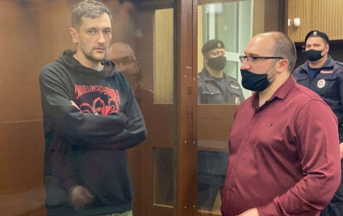 В России под домашний арест отправили брата Алексея Навального