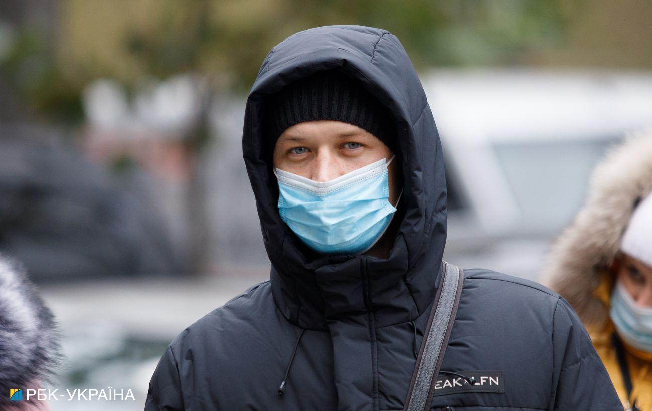 Эксперт предлагает ввести паспорт вакцинации в Украине на все инфекции