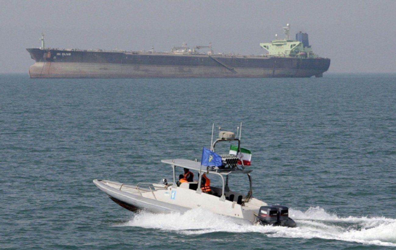 Иран захватил танкер Южной Кореи в Персидском заливе
