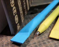 Бумажные ручки с логотипом в Киеве