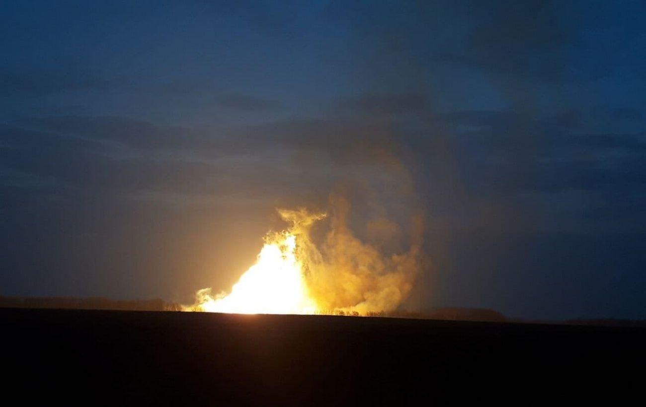 Факельное горение и разгерметизация, но без отключений: последствия взрыва газа под Лубнами
