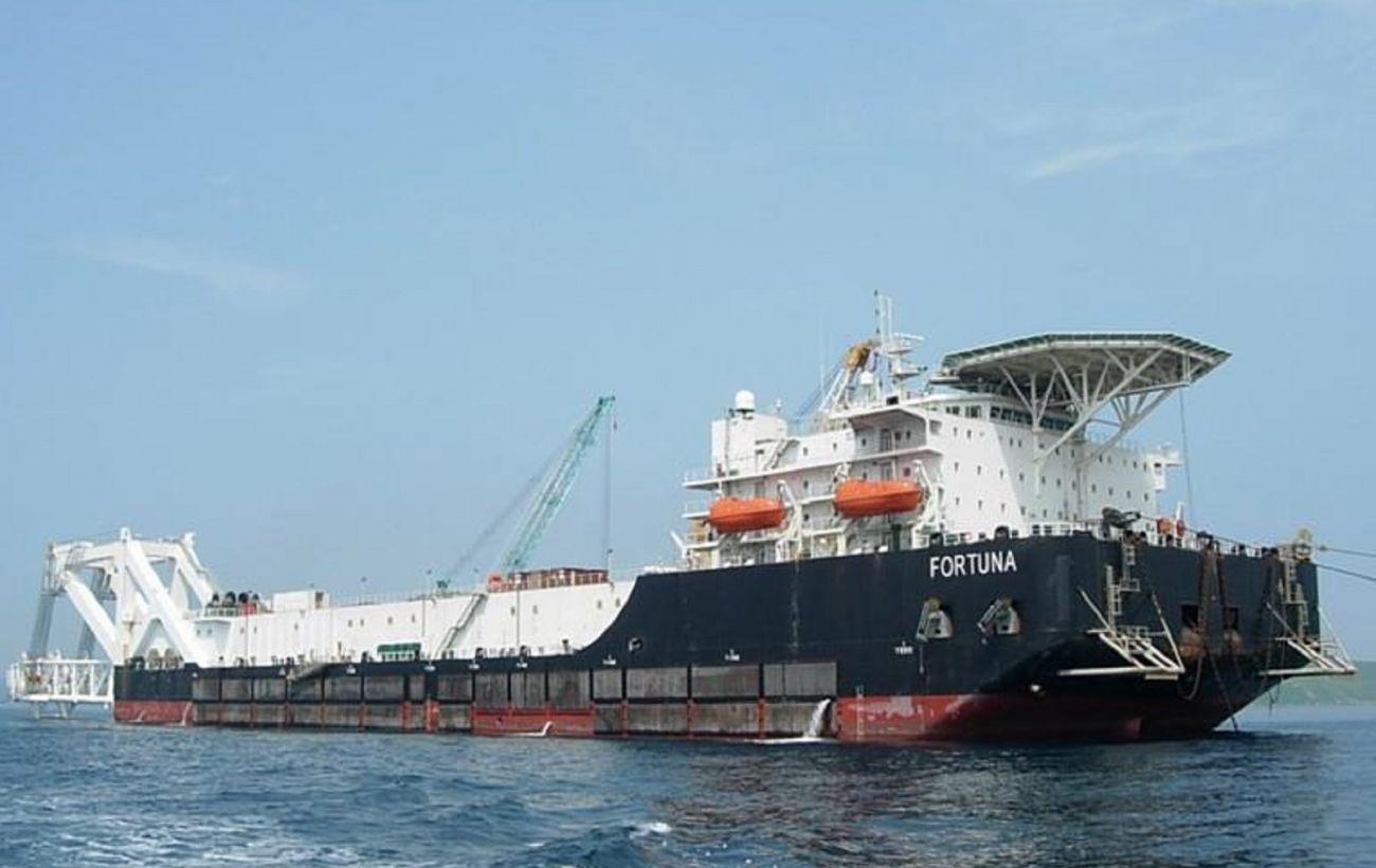 У Байдена допустили новые санкции против российского судна, которое строит