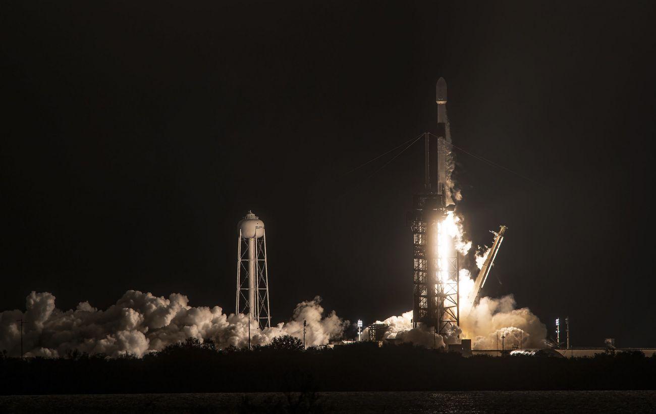 SpaceX планирует запустить очередную партию спутников Starlink на следующей неделе