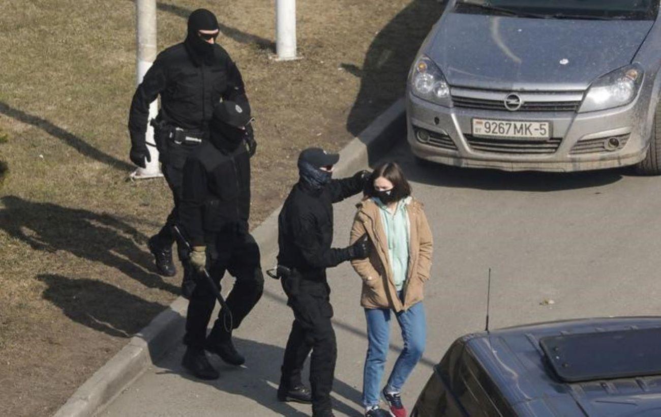 Протесты в Беларуси: в МВД заявили о более 100 задержанных