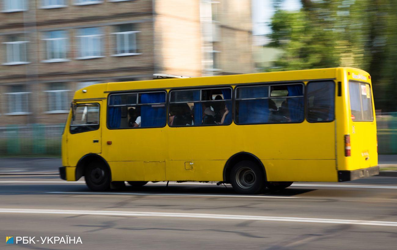 В Ужгороде возобновил работу общественный транспорт