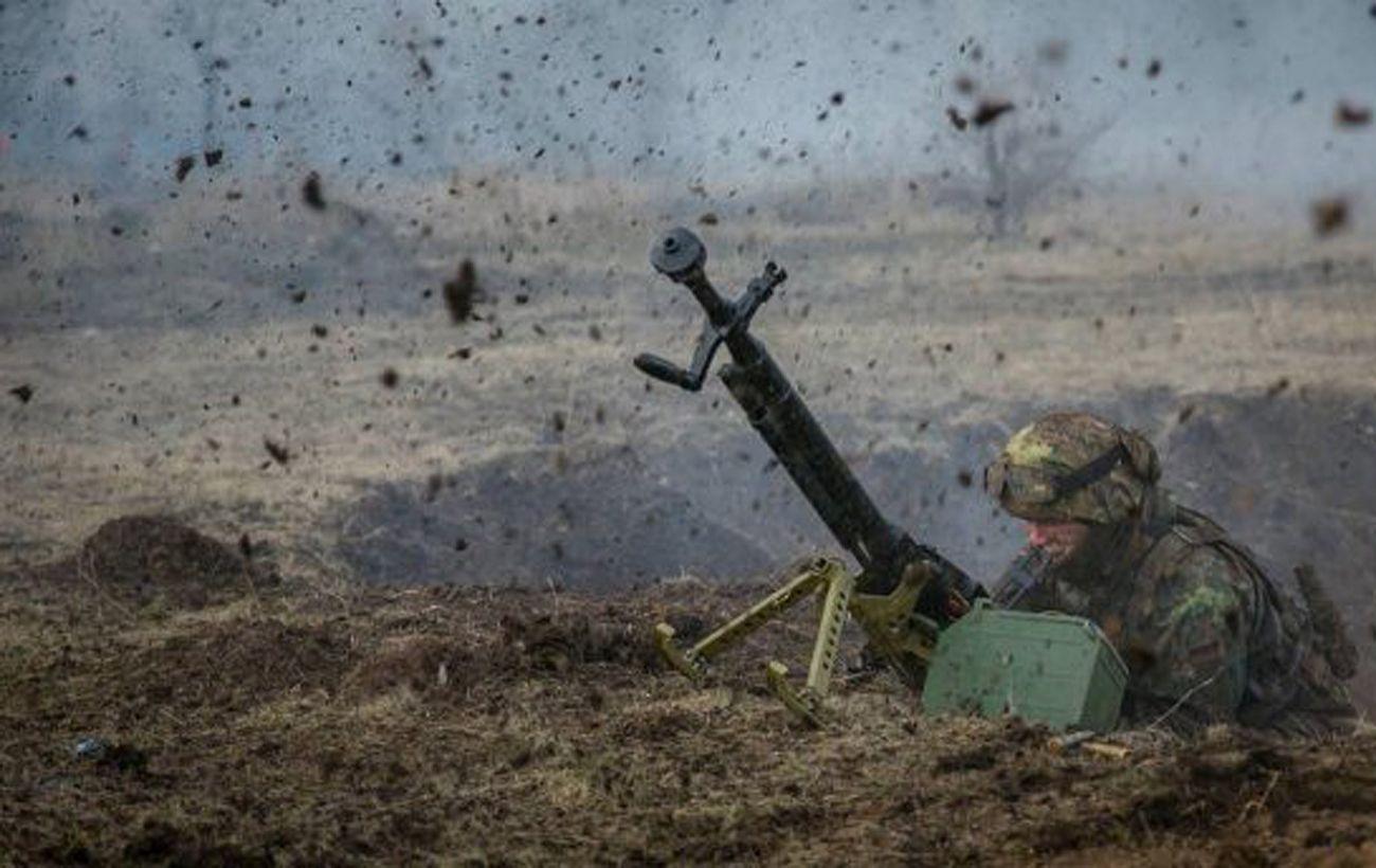 Боевики на Донбассе 13 раз нарушили