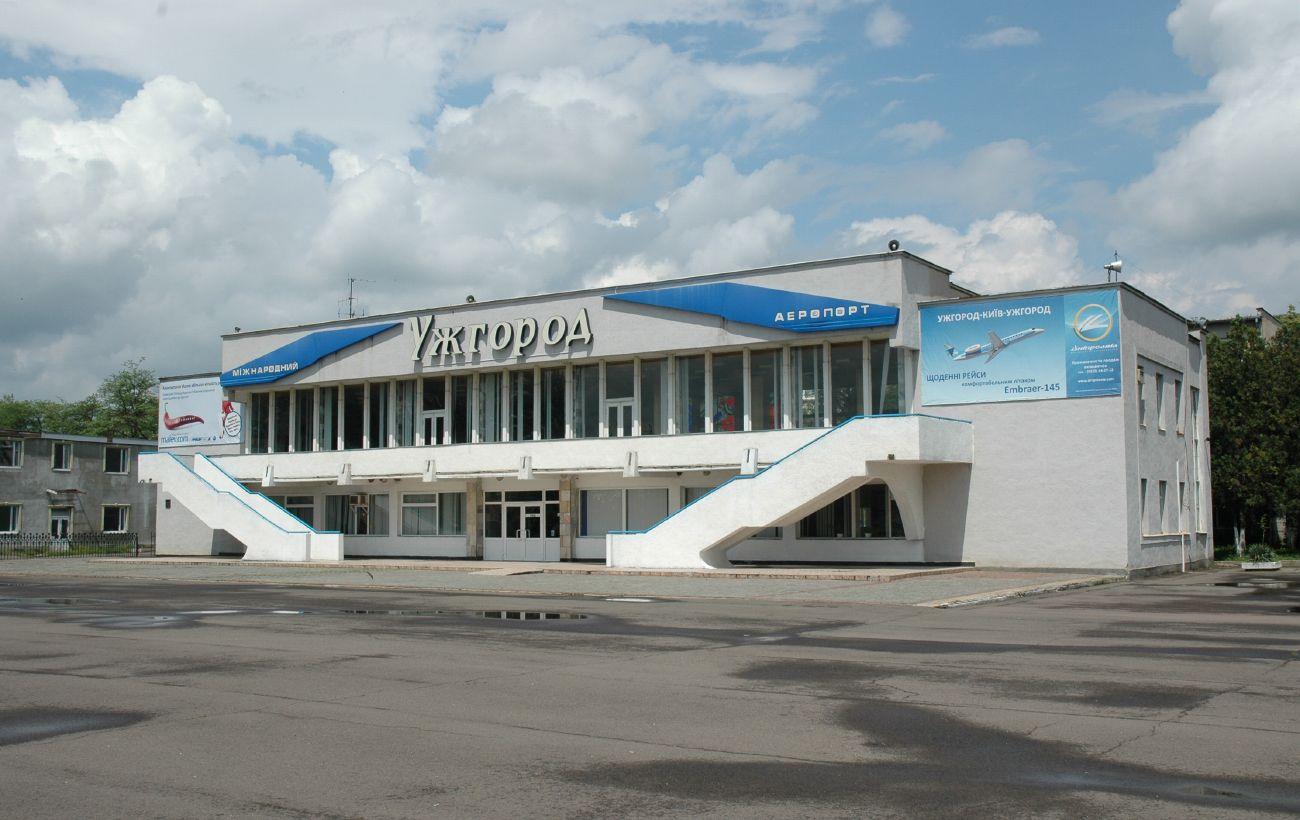 Зеленский надеется, что Словакия поможет возобновить работу аэропорта