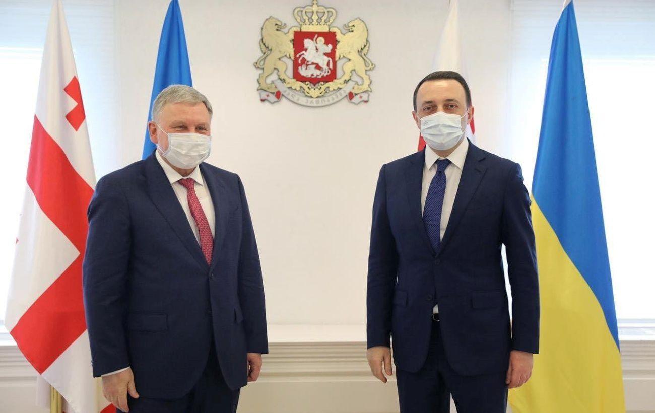 Украина и Грузия подписали план сотрудничества между министерствами обороны