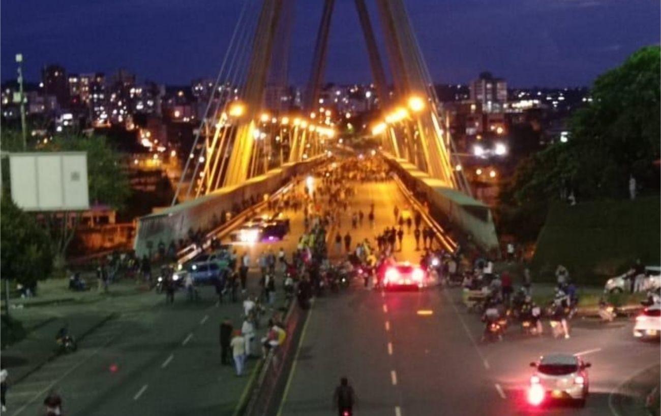 Обострение ситуации в Колумбии: власти направили против протестующих 7000 военных