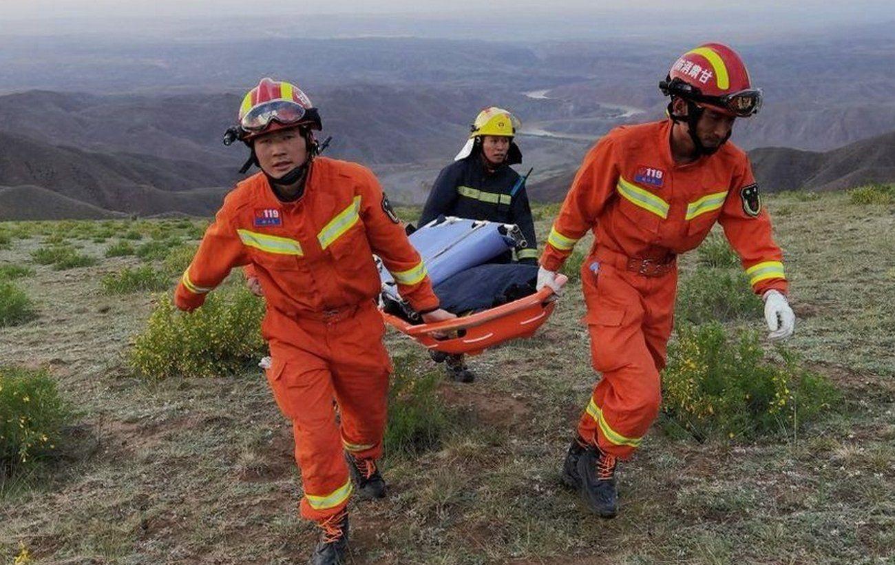 В Китае во время марафона бушевала стихия: участников эвакуировали, есть погибшие