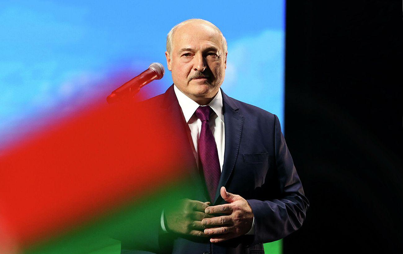 Декрет о передачи власти будет не нужен, когда изберут нового президента, - Лукашенко