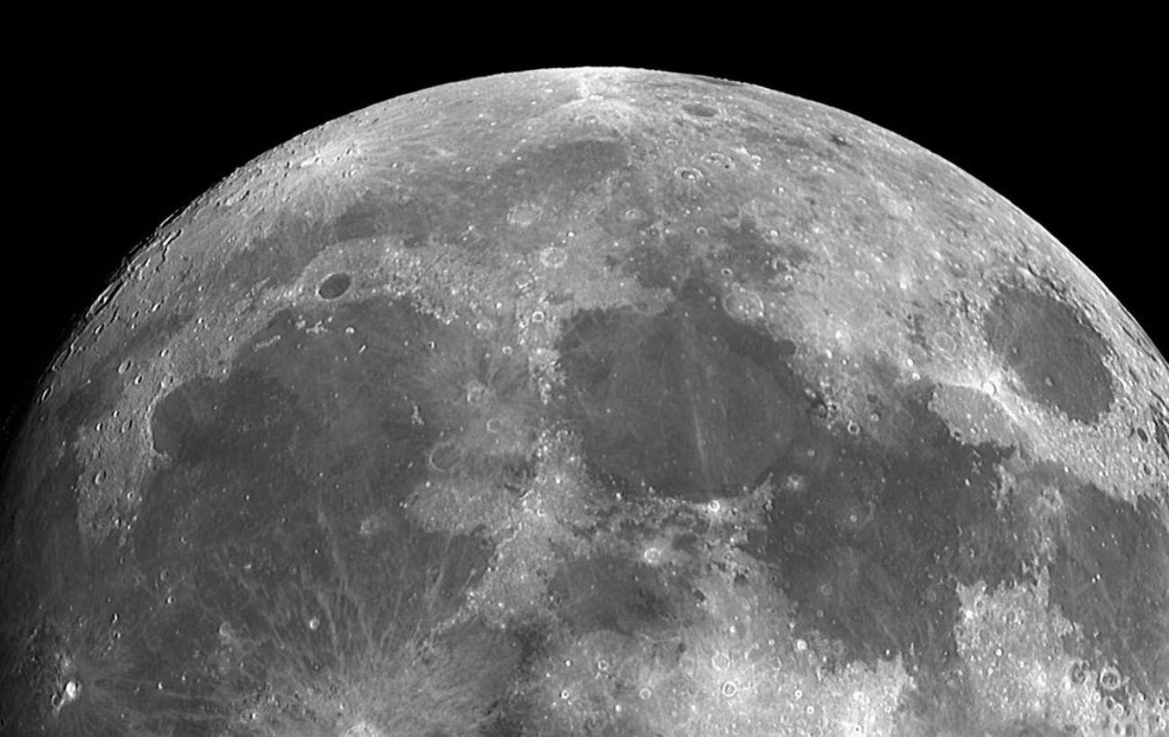 SpaceX отправит на Луну спутник по контракту с криптовалютой Dogecoin