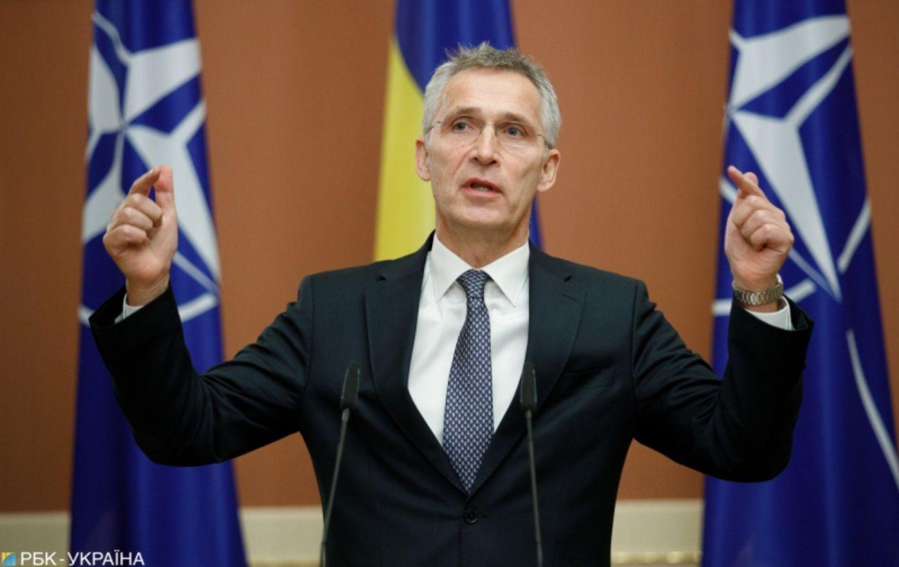 Столтенберг призвал Москву провести заседание Совета НАТО-Россия