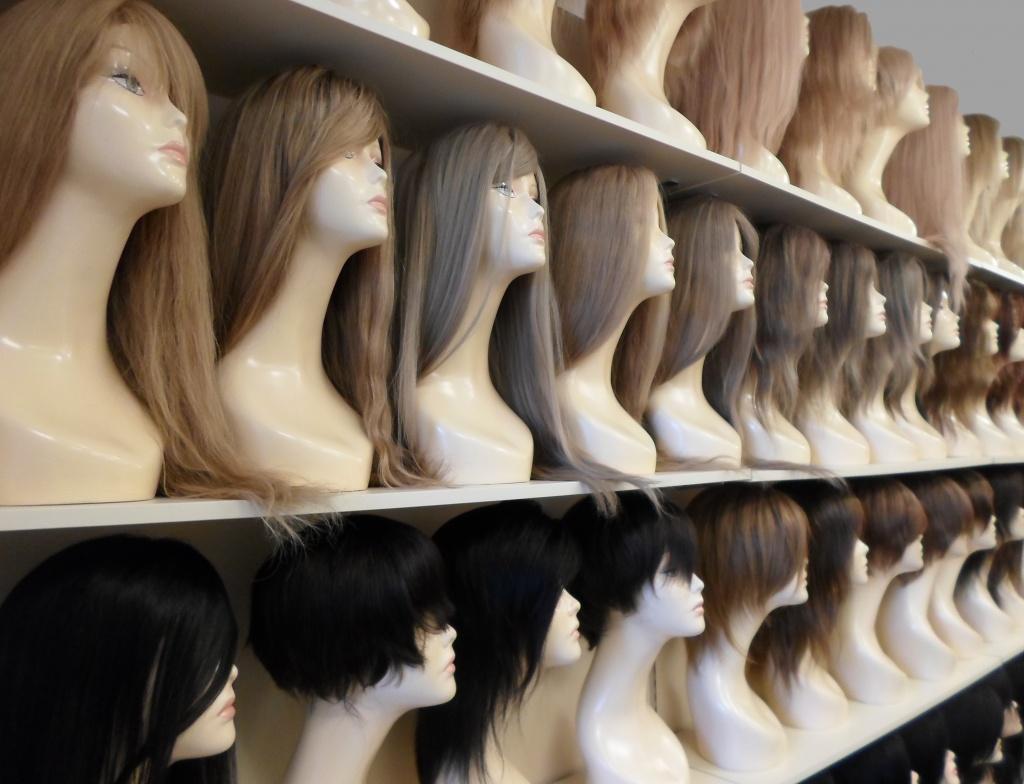 Большой выбор мужских и женских париков