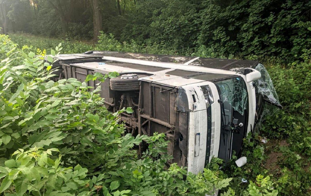 Сбил пешехода: стала известна причина аварии автобуса Киев-Вроцлав с 23 пострадавшими