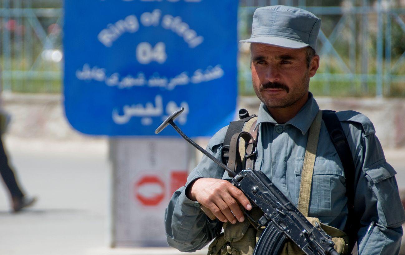 Более 300 афганских военных перешли границу с Таджикистаном после боя с талибами